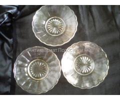 вазочки -  тарелочки старинные начало 20 века две шт